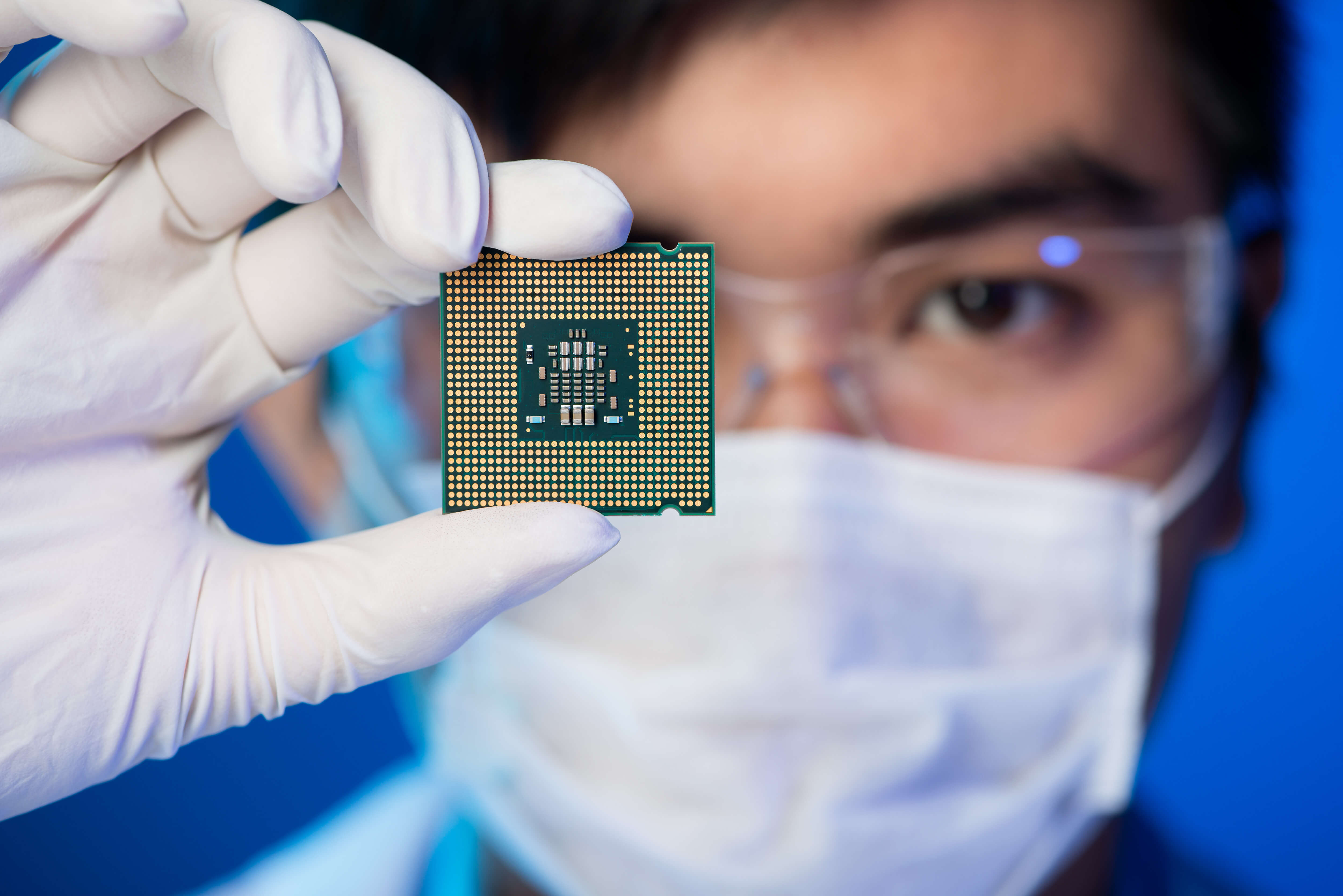 How Semiconductor Producers are Keeping Up - HEIDENHAIN