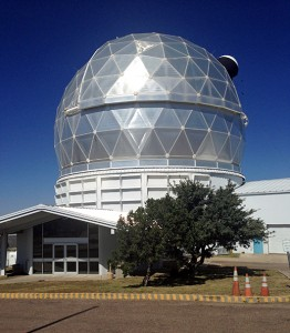 hobby eberly telescope-shutterstock_160674830-700px